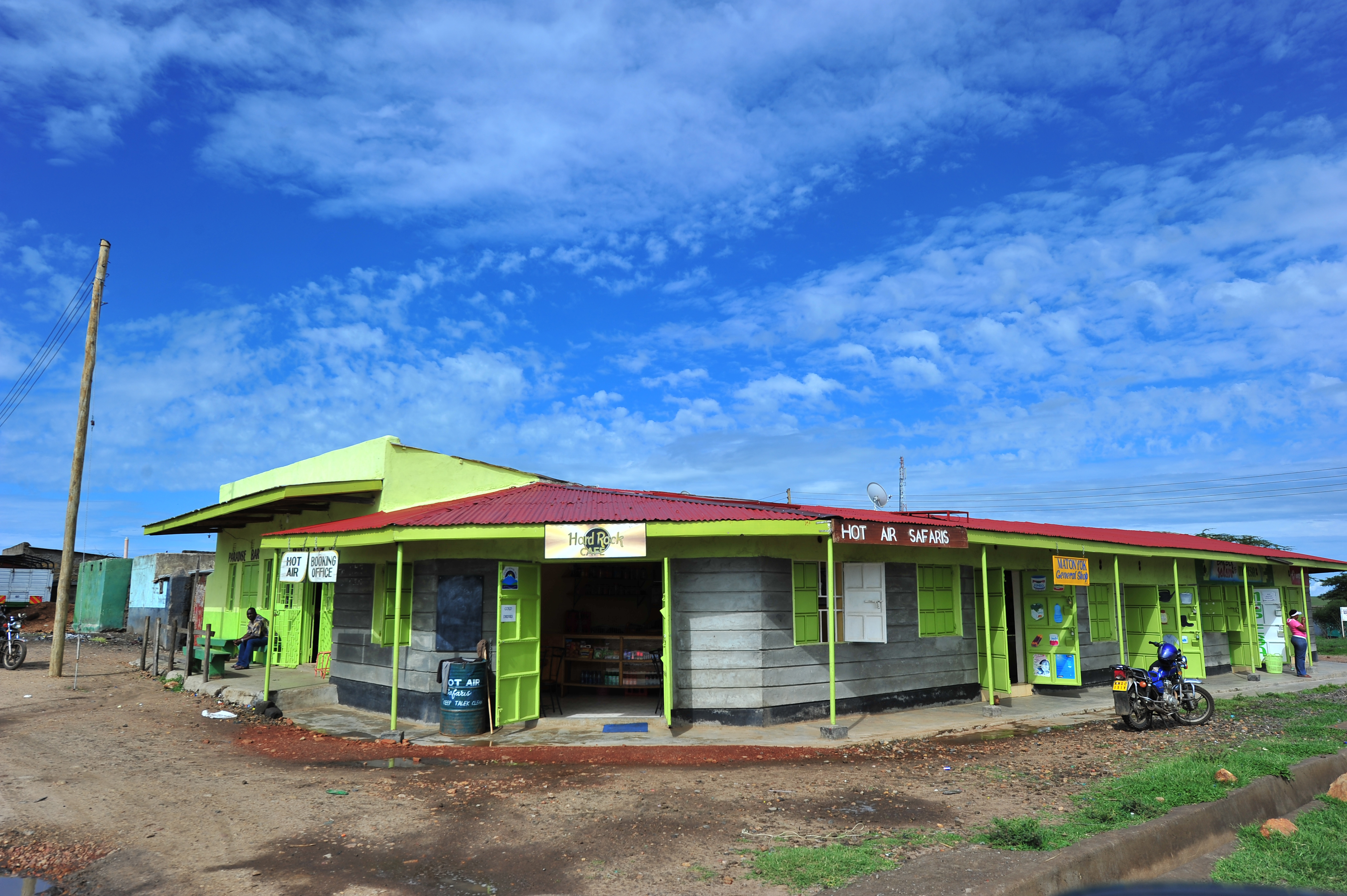 Complete power lines next to a commercial property in Talek town. Through Talek Power, GIZ and other partners have constructed a solar power grid which will connect residents of Talek town in Narok to power for domestic and commercial use.